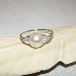 Witgouden ring parel hoofdfoto